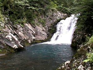 二段の滝(上段)