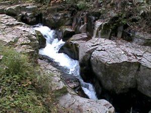 激流の滝(美深町)