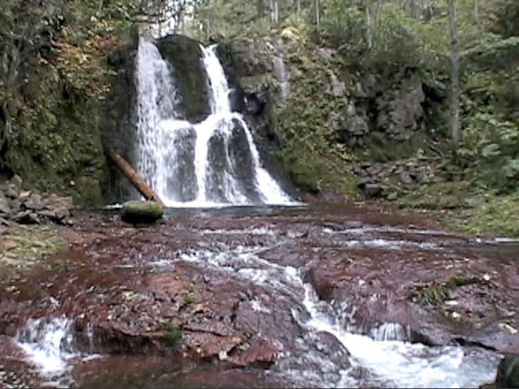 赤岩の滝(西興部村)