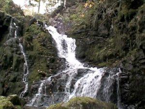 黒岩の滝(西興部村)