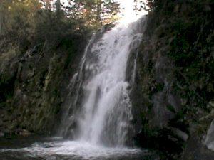 雨霧の滝(美深町)