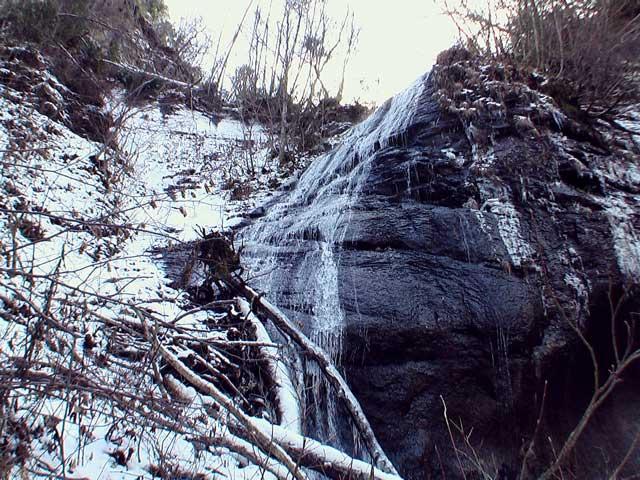 錦糸の滝(恵庭市)