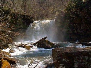 比翼の滝(名寄市)
