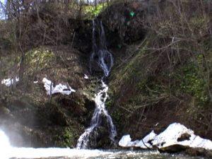 三ツ糸の滝(名寄市)