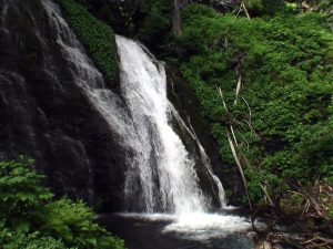 男鹿の滝(清里町)
