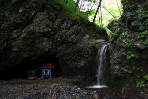 岩内不動の滝(日高町)