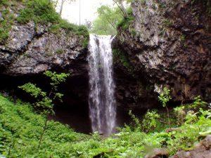クテクンの滝(中標津町)