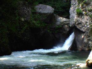 岩戸の滝全景 2005年8月17日撮影