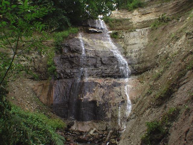 二段五丈の滝(足寄町)