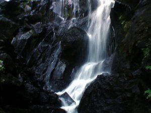 壮瞥滝の下部