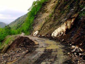 写真2の大崩落の場所も整備された
