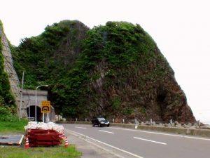女郎ヶ岬(女郎岬)と女郎岬トンネル