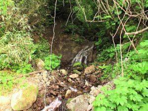 滝状の流れ