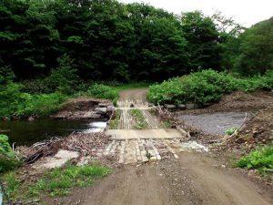 シブンナイ川に架かる橋