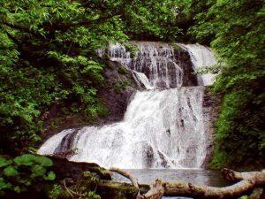 オオシュブンナイの滝全景