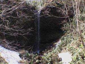 透見の滝直瀑部分 5月