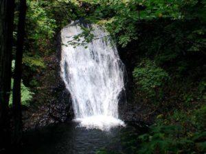 俯瞰の魚留の滝1