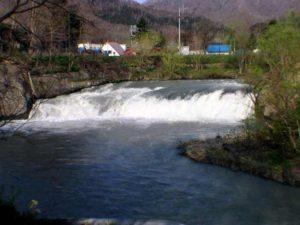 魚染の滝 核心部のアップ