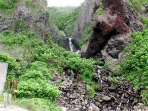 雄冬岬の滝 全景