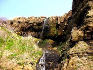 ホヤ石の滝 全景