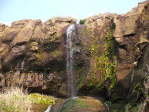 ホヤ石の滝の直瀑部分