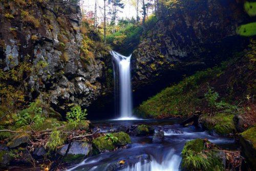 パンケの滝と流れ