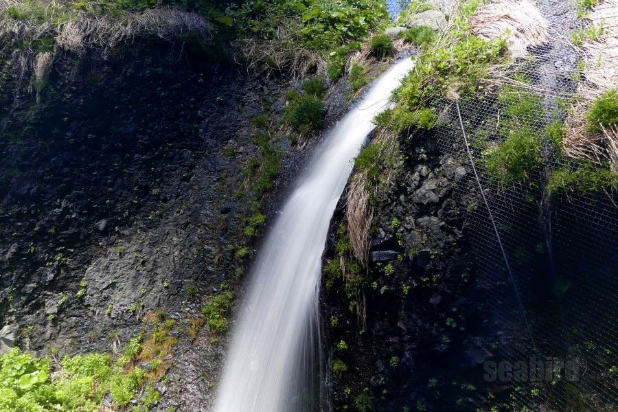中の滝 〜神恵内村の名所に癒された | 北海道の滝めぐり ...