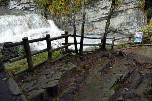 天然の階段