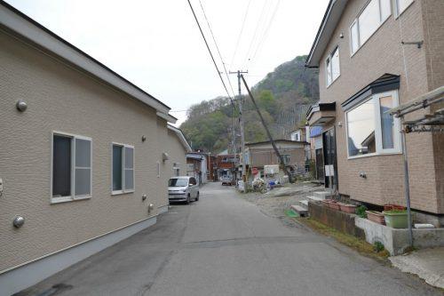 左が函館古部会館