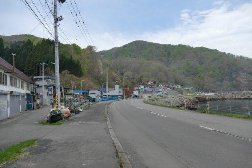 滝ノ沢トンネル側から見る