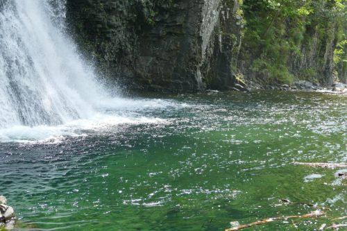 白老滝の滝つぼ