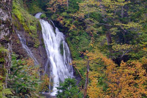 上段が見える男鹿の滝