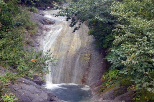カムイワッカ湯の滝 橋の上から